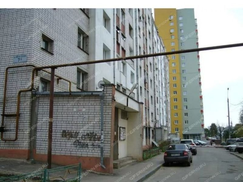 шестикомнатная квартира на улице 40 лет Октября дом 7б