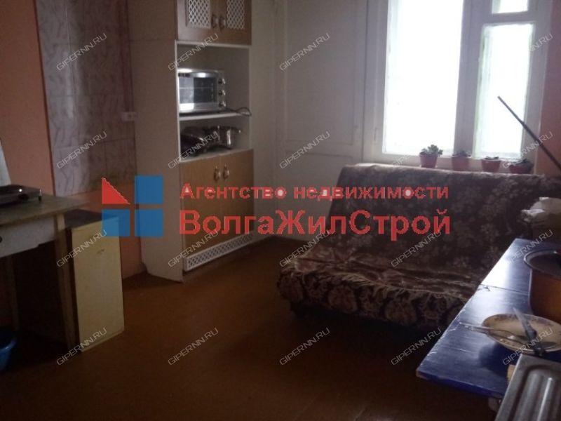 комната в доме 108 на Берёзовской улице