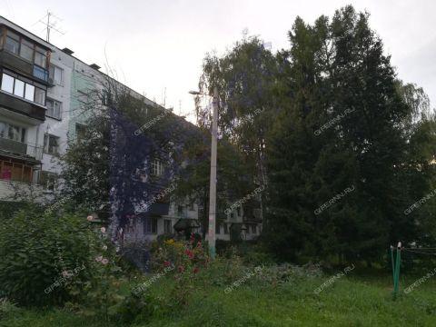 3-komnatnaya-ul-geroya-bykova-d-12 фото