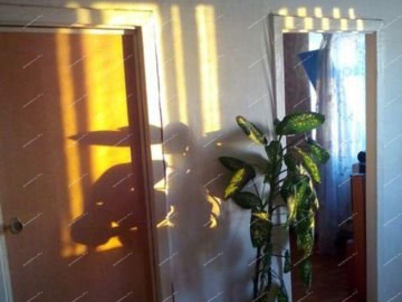 четырёхкомнатная квартира на улице Самохвалова дом 1 город Дзержинск